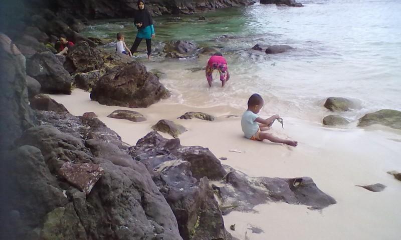 Melancong ke Timur Indonesia, Ada Pulau Matan di Sorong Papua Barat