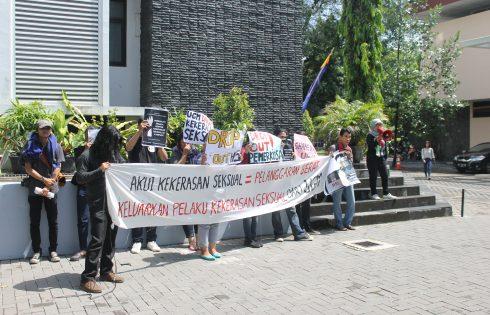 Sekjen Partai Srikandi : Kita sih Maunya Dikeluarin Aja!