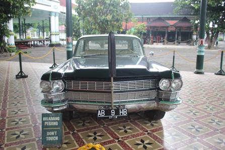 Mobil dinas Sri Sultan Hamengku Buwono IX semasa menjabat sebagai Wakil Presiden RI. (Foto: Eky/Ekonomika)